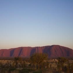 Uluru beim Sonnenaufgang