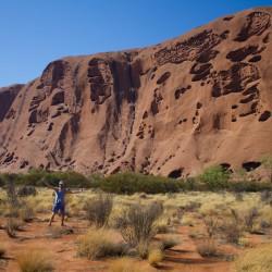 Dennis und der Uluru von einer anderen Seite