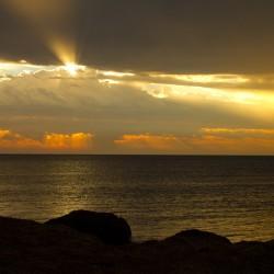 ...auf der anderen Seite ein wunderschöner Sonnenuntergang