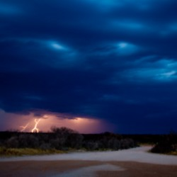 Sturm mit vielen Blitzen