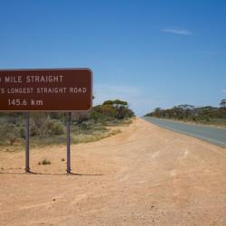 Längste GERADE Strecke Australiens